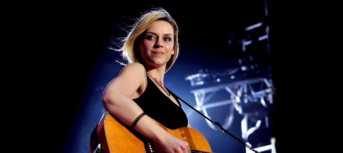 Amy Macdonald's wealth estimated at GBP 6 million