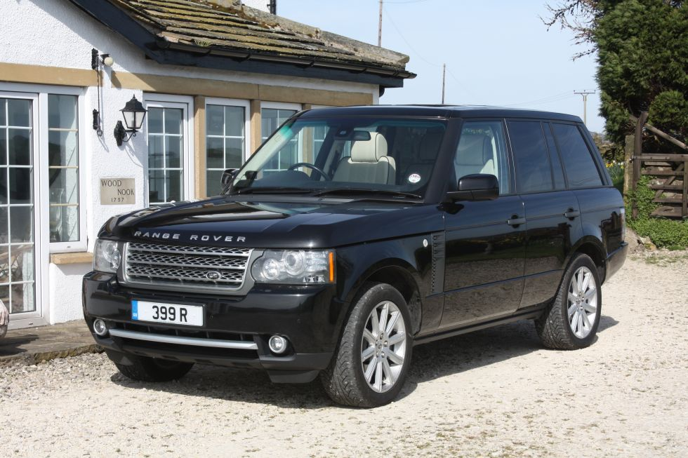 Range Rover Vogue car