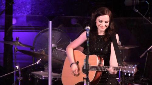 Amy Live 14