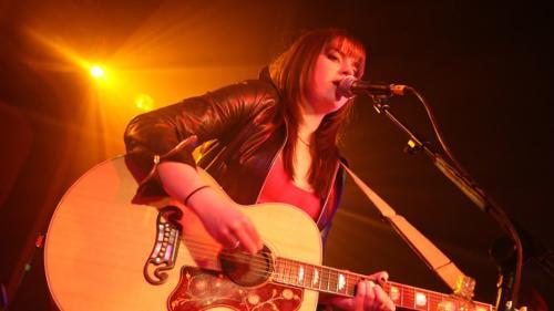 Amy Live 6